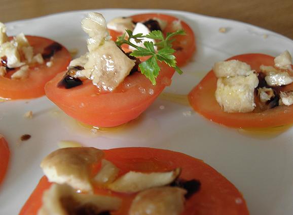 Tomates perretxicados (Calocybe gambosa)